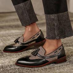 Frauen PU Flascher Absatz Flache Schuhe Slipper mit Quaste Spleißfarbe Schuhe