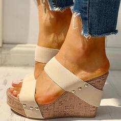 Frauen PU Keil Absatz Sandalen Keile Peep Toe Pantoffel mit Niete Schuhe