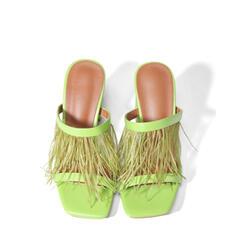 Frauen PU Stöckel Absatz Sandalen Absatzschuhe Peep Toe Quadratischer Zeh mit Hohl-out Quaste Schuhe