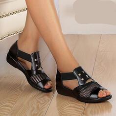 Frauen PU Flascher Absatz Sandalen Flache Schuhe Peep Toe mit Niete Hohl-out Schuhe