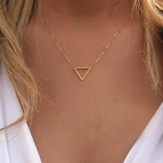 Einfache Dreieck Legierung Frauen Halsketten