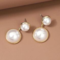 Klassische Art Legierung Faux-Perlen mit Faux-Perlen Frauen Ohrringe 2 STÜCK