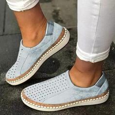 Frauen Veloursleder Flascher Absatz Flache Schuhe Round Toe mit Hohl-out Streifen Schuhe