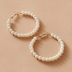Einfache Legierung Faux-Perlen mit Nachahmungen von Perlen Frauen Ohrringe 2 STÜCK