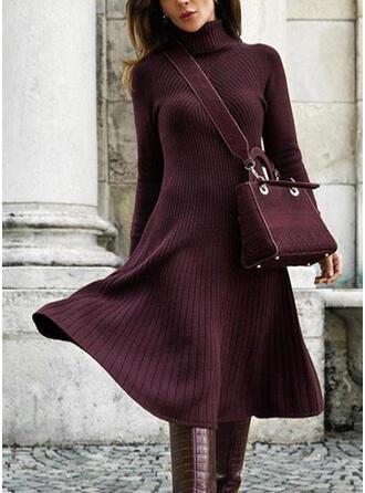 Einfarbig Lange Ärmel A-Linien Pullover/Skater Freizeit Midi Kleider