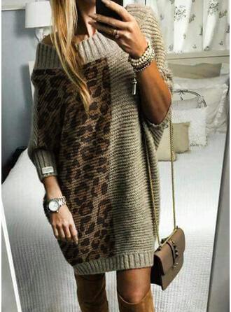 Geblockte Farben Gerippt Leopard Rundhalsausschnitt Freizeit Lang Pulloverkleid