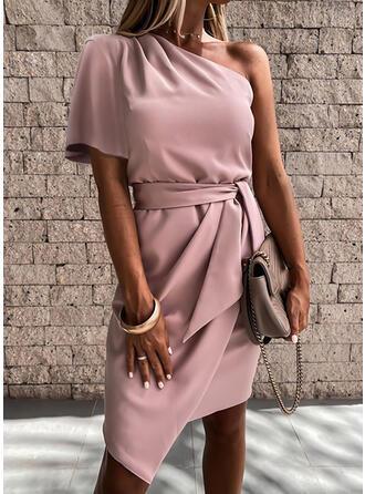 Einfarbig Kurze Ärmel Etui Asymmetrisch Party/Elegant Kleider
