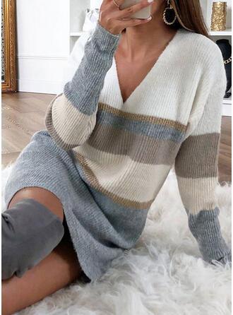 Geblockte Farben Gestreift V-Ausschnitt Freizeit Lang Pulloverkleid